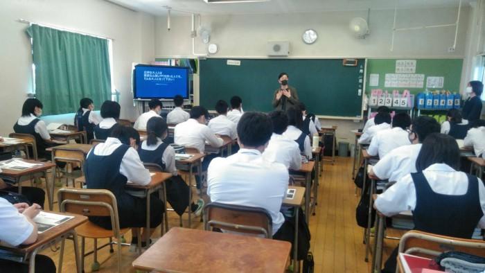 6月24日(木)「職業講和」翠町中学校